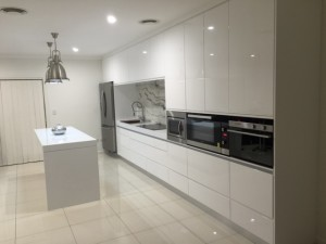 Simple-white-bankstown-padstow-shire-sydney-capital-kitchens
